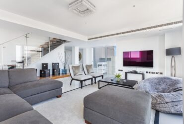 FOUR BEDROOM FLAT FOR RENT